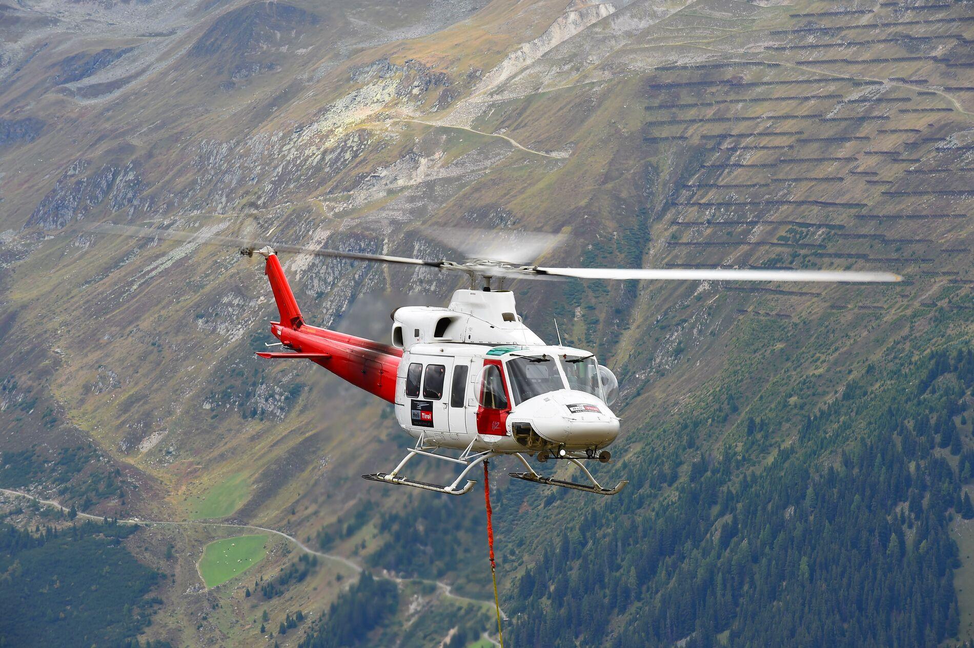 Web_Hero-412HP_Photo_Heli-Tirol-04941_140918-R00_publish_412HP_Photo_Heli-Tirol-04941_140918-R00.psd_v001